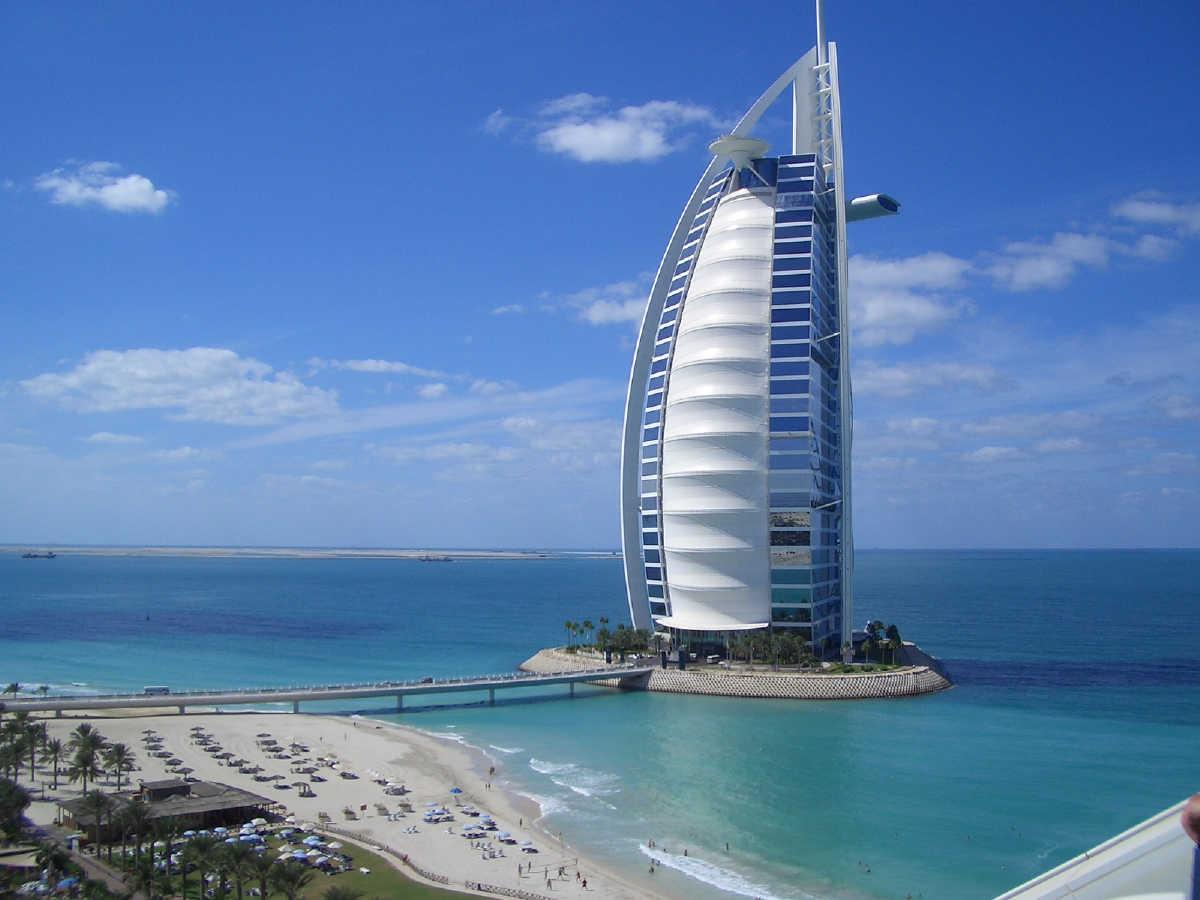 Burj Al Arab - Data, Photos & Plans - WikiArquitectura