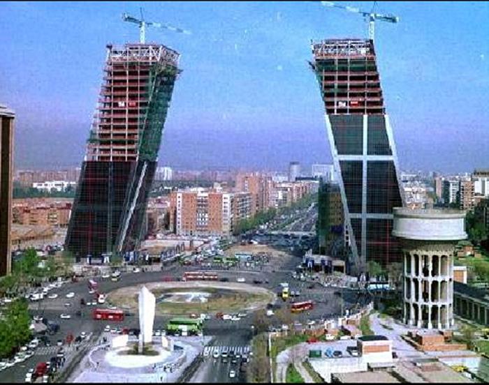 Kio Towers Data Photos Amp Plans Wikiarquitectura