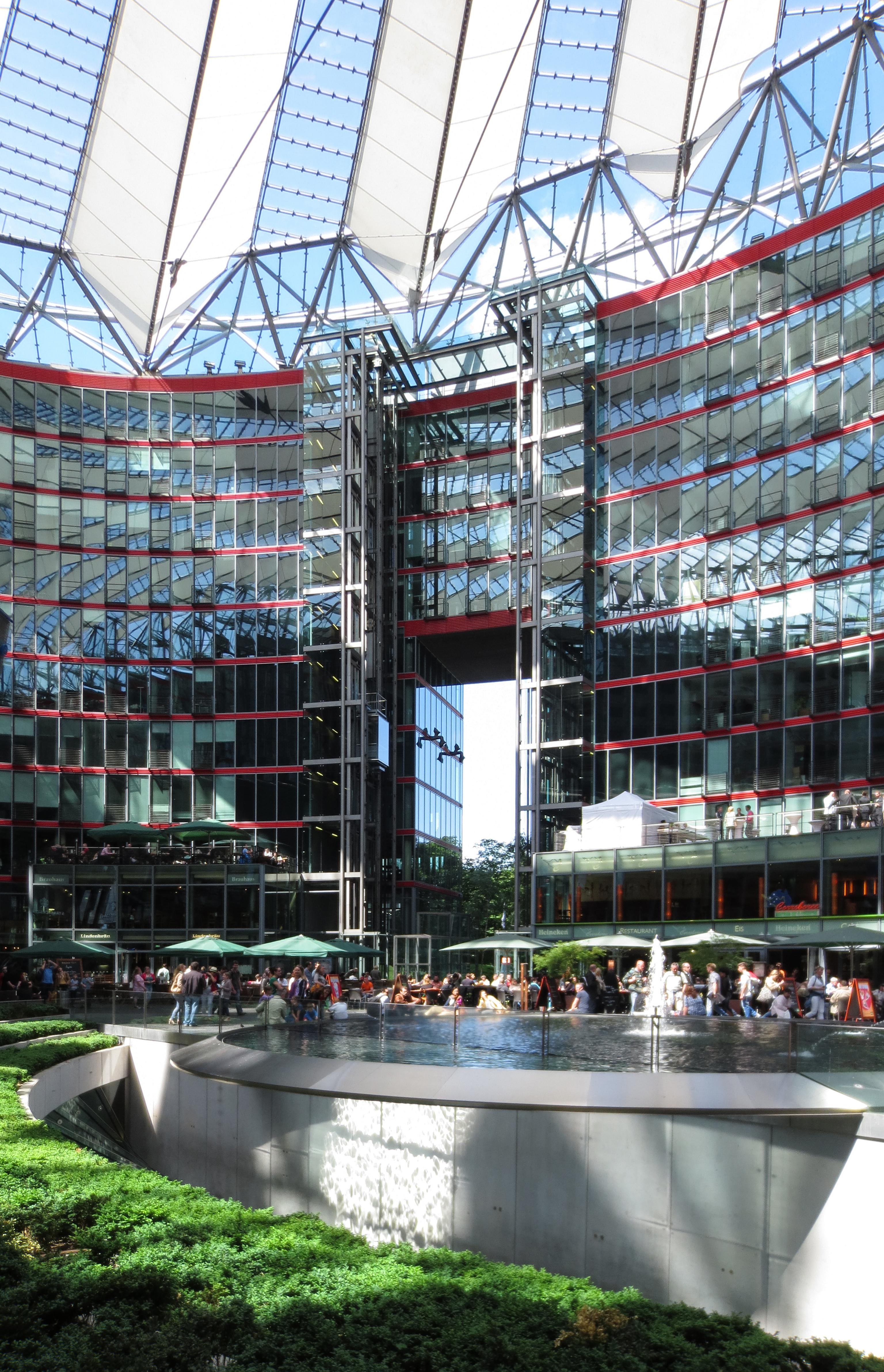 ✅ Sony Center - Data, Photos & Plans - WikiArquitectura